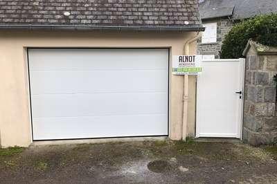 Porte de garage à Saint Cast le Guildo