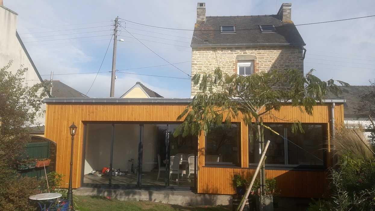 Extension d''une maison en bardage bois à Matignon 0
